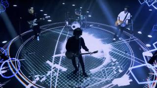 "NEWS: Digital Single ""シリウス"" フル配信&MV解禁  – TV版と配信版のギターの違い"